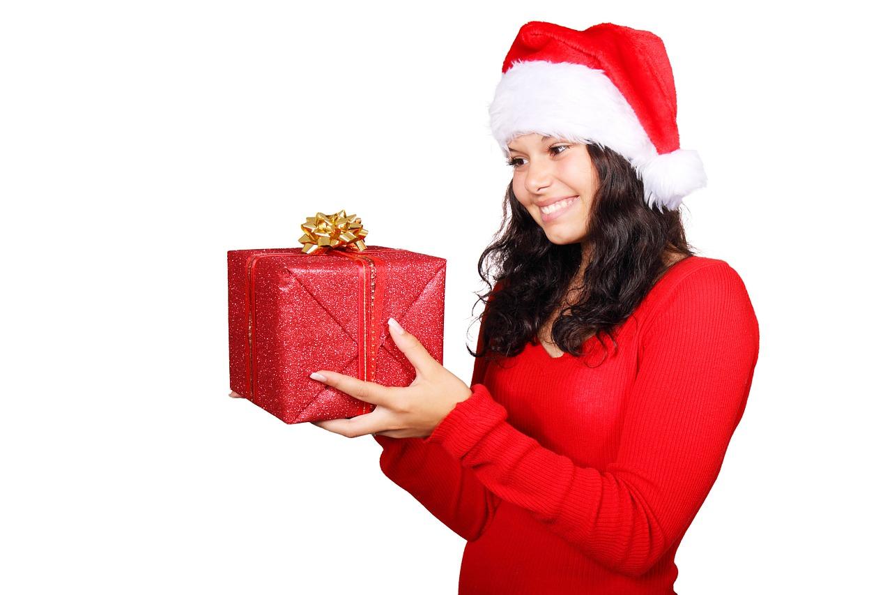 Näillä lahjoilla saat suihinoton naiselta